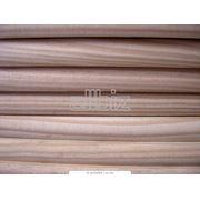Погонажные изделия из древесины в ассортименте фото