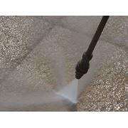 Очистка труб напором воды высокого давления фото