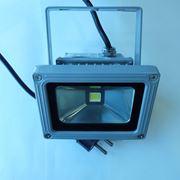 Светодиодные прожекторы 10Вт-100Вт фото