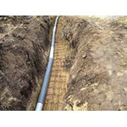 Прокладка водопровода и канализации; прокладка футляров для силовых электрических кабелей и кабелей связи; прокладка нефте и газопровода. ГНБ. Горизонтальнонаправленное бурение. фото