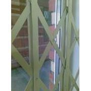 Металлические раздвижные решетчатые перегородки