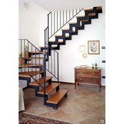 Лестница на каркасе фото