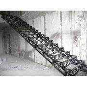 Лестницы по индивидуальному заказу фото