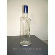 Бутылка водочная белая фото
