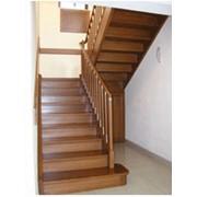 Лестница из массива бука фото