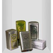Жестянные банки упаковка для чая и кофе. фото