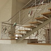 Монтаж лестниц, ограждений фото