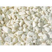 Мраморная крошка, белая фр. 2-5Ю 5-10, 10-15(20) мм. в Томске фото
