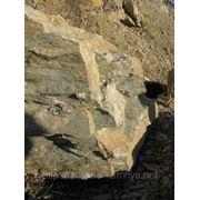 Глыба (до 2000 кг и выше) доломит (разноцветный). фото