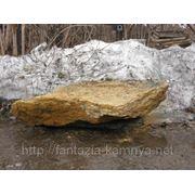 Камень - сланец кварцованный 100-300 кг (желтый с белыми прожилками) фото