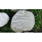 Камень паутинник для альпийской горки, декоративных прудов и водопадов. фото