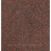 Гранит Империал Ред, месторождение Индия, ярко-красный фото