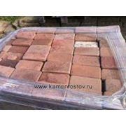 Плитка из песчаника 4 см (+-5мм) Цвет: терракотово-красный (Огалтовка, Размер: 10х20) фото