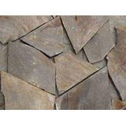 Натуральный камень песчаник желто-серый, песочный. Размер L 15-70 см. , d 1,5-3 см. фото