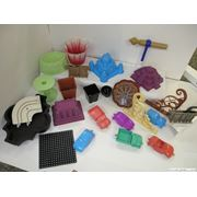 Изготовление деталей из пластиков и пластмас под заказ фото
