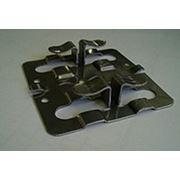 Крепежный кляммер рядовой 70х10х1,2 фото