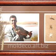 Фотография в деревянной рамке фото