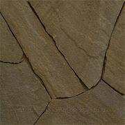 Натуральный камень песчаник серо-бурый фото
