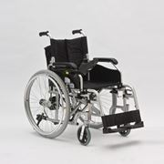 Кресло-коляска для инвалидов FS108LA фото