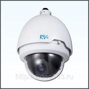 Скоростная купольная камера видеонаблюдения RVi-389 фото