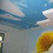 Печать на натяжных потолках фото