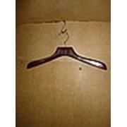 Вешалки для верхней одежды, вешалка деревянная фото