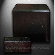 Бордюр гранитный полированный c 3-сторон из габбро фото
