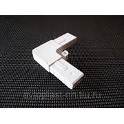 Уголок соединительный (полый) белый 3 руб/шт фото