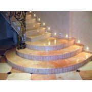 Лестница мраморная фото
