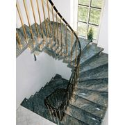 Лестницы на больцах из гранита фото