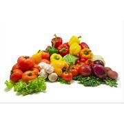 Продажа овощей фрукты и ягоды фото
