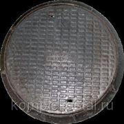 Люк канализационный чугунный ГОСТ 3634-99 тяжёлый Т на шарнире с замком фото