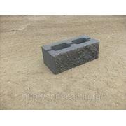 Камень стеновой лицевой рядовой 250х120х88 — Кирпич «рваный камень» полуторный фото