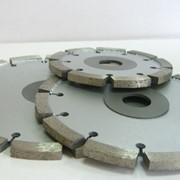 Сегментные круги для нарезки противоскользящих полос на камне. фото