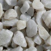 Крошка мраморная белая в МКР (1тонна). фр. 10-15мм фото