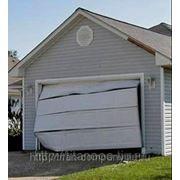 Ремонт секционных ворот фото