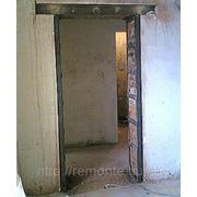 Прорубание проема под двери: в кирпиче (в кирпич) фото