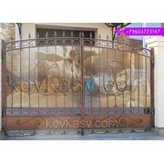 Ворота с коваными элементами фото