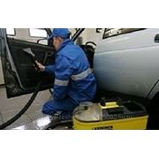 Мобильная химическая чистка салона автомобиля фото