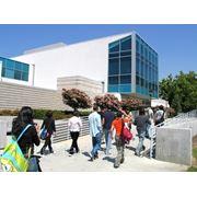 Языковые курсы в США (FLS International) фото