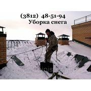 Чистка крыши от снега фото