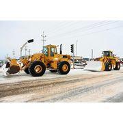 Уборка улиц от снега фото