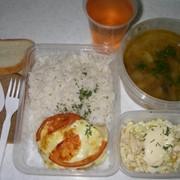 Ежедневная доставка комплексного питания. фото