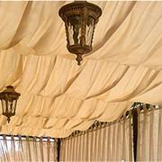 Пошив и оформление потолка оранж фото