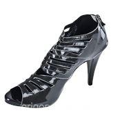 Пошив женской обуви