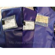 Кожа и замша для одежды и головных уборов модного синего цвета из Италии фото