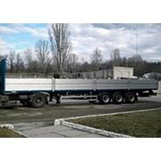 ВАРЗ — НПМ-2513.01 3-осный бортовой полуприцеп грузоподъемностью 27 000 кг. фото