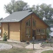 Строительство загородных домов из натурального дерева. фото