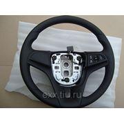 Chevrolet Cruze: оригинальное рулевое колесо с управлением магнитолой фото