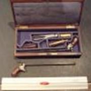 Пара пистолетов в футляре.Западная Европа,вторая половина 19 века антикварное оружие фото